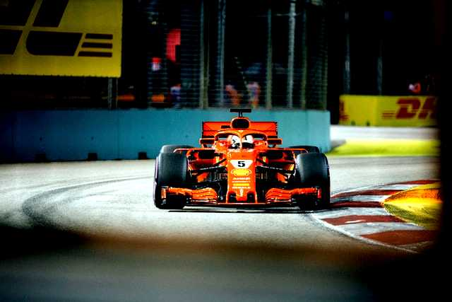Formula 1 Car race